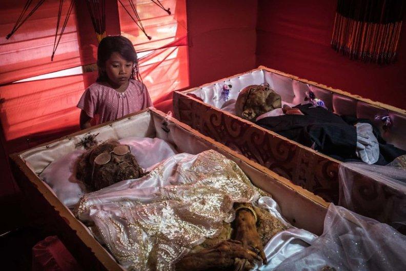 fotos-del-pueblo-que-desentierra-cadaveres-guardian-1-high