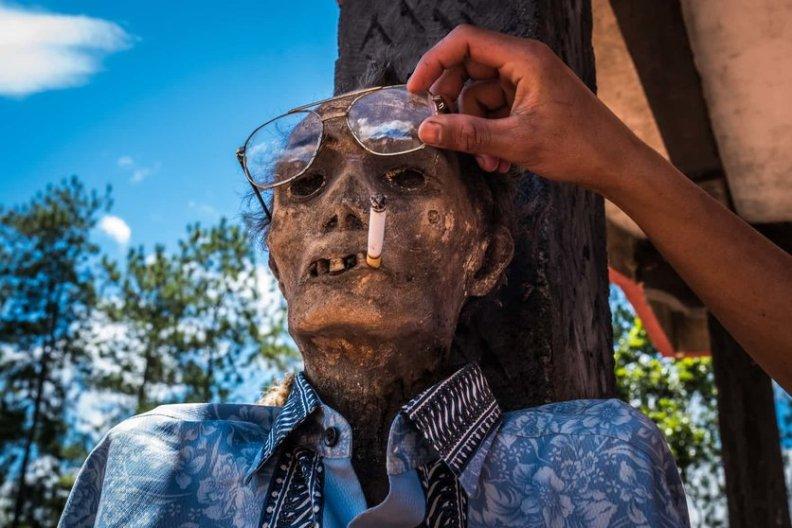 fotos-del-pueblo-que-desentierra-cadaveres-guardian-7-high
